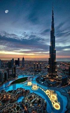 Небоскрёб. Дубаи.