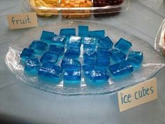 Are these just blueberry jelly cubes? They're still awesome! Olaf Party, Frozen Themed Birthday Party, Disney Frozen Birthday, 4th Birthday Parties, 5th Birthday, Birthday Ideas, Frozen Themed Food, Frozen Cake, Party Ideas