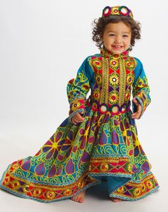 Cute kid with traditional afghane dress Little Girl Dresses, Girls Dresses, Afghanistan Culture, Afghani Clothes, Pakistani Culture, Afghan Dresses, Western Outfits, Traditional Outfits, Cute Kids