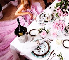 champagne + pink tulle + roses