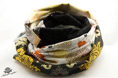Patchwork-Loop - Damen Schal mit Blumenmuster und Schrift in weiß, beige, grau, anthrazit und schwarz ... ein Lieblingsstück aus der Lieblingsmanufaktur