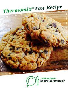 Recipe Peanut butter choc chip oat cookies by ThermoFlavour, learn to make this recipe easily in your kitchen machine and discover other Thermomix recipes in Baking - sweet. Gluten Free Peanut Butter Cookies, Chewy Peanut Butter Cookies, Healthy Cookies, Oat Cookie Recipe, Biscuit Recipe, Bellini Recipe, Thermomix Desserts, Sweet Recipes, Cashew Butter