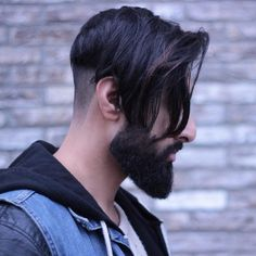 50 Smart Hairstyles for Men with Receding Hairlines - Eazy Vibe Smart Hairstyles, Hipster Hairstyles, Sleek Hairstyles, Hairstyles Haircuts, Haircuts For Men, Hair And Beard Styles, Long Hair Styles, Hairstyles For Receding Hairline, Hipster Haircut