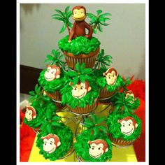 Cupcakes at a Curious George Party #curiousgeorge #party