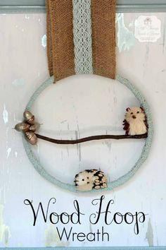 DIY Wood Hoop Wreath