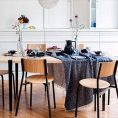 Avec leurs pieds interchangeables, les tabourets, tables et chaises TIPTOE évoluent au fil du temps et s'adaptent à tous les styles déco. #déco #modulable #mobilier #durable #personnalisé #meuble #tendance #métal #couleur #style #tiptoe