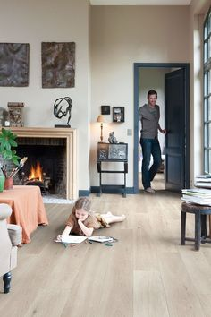 Quick-Step Laminate Flooring - Impressive 'Saw cut oak beige' in a classic living room. Light Wood Floors, Basement Flooring, Home, Living Room Flooring, House Flooring, Living Room Remodel, Flooring, Room Flooring, Laminate Flooring Colors