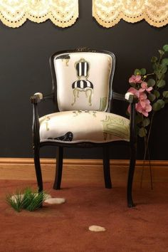 LOUIS LOUIS BLACK CHAIR - GHOST FURNITURE ENLARGED IMAGE...very cute!
