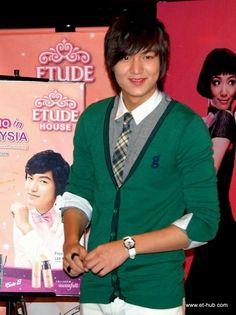 Lee Min Ho, 20091025, Malaysia for Etude House.