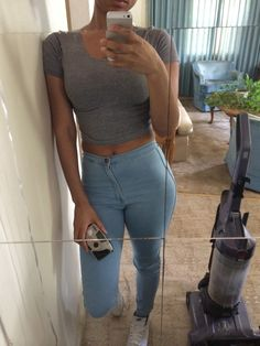 Pinterest:duquesasheenz:   Love love love! High waist and  Tee's is so good!