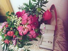 pink wedding, pin esküvő, menyasszonyi csokor, peony, wedding bouquet