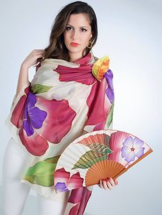 Painted Hats, Painted Clothes, Tole Painting, Fashion Colours, Flower Fashion, Textiles, Hand Fan, Trendy Fashion, Aurora Sleeping Beauty