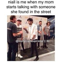 Uploaded by Find images and videos about funny, one direction and niall horan on We Heart It - the app to get lost in what you love. One Direction Jokes, Direction Quotes, One Direction Pictures, I Love One Direction, 5sos, Family Show, Thing 1, Zayn, Niall Horan