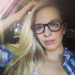 "76 Likes, 6 Comments - Megan Reed (@meganreedartistry) on Instagram: ""Early morning doodles are my favorite ❤️ #bulletjournal #bujo #bulletjournalcommunity…"""