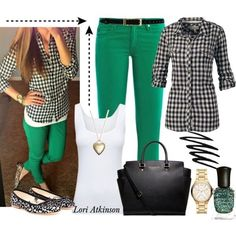 green pants and a checkered shirt!i'm in lovve! Casual Work Outfits, Cute Outfits, Casual Attire, Outfit Work, Fall Winter Outfits, Spring Outfits, Outfits Pantalon Verde, Green Pants Outfit, Mint Green Pants