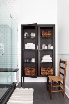 Bathroom Storage Solutions, Small Bathroom Storage, Wall Storage, Diy Storage, Storage Ideas, Bathroom Organization, Organization Ideas, Bathroom Drawers, Towel Storage