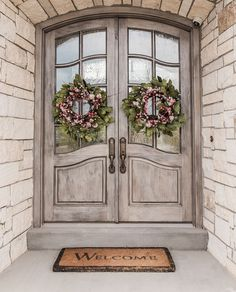 Ideas Home Exterior Remodel Double Doors For 2019 Double Front Entry Doors, Double Door Wreaths, Front Door Entrance, Door Entryway, Front Door Colors, Front Door Decor, Diy Door, Foyer, Interior Modern