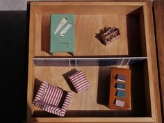 Miniature Maven Diaries: Miniature Scene within a box Carpenter Work, Diaries, Told You So, Miniatures, Scene, Make It Yourself, Box, Projects, Design