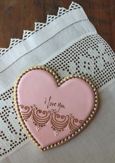 Stenciled and stamped cookie by Julia M. Usher. Stencil from www.designerstencils.com.