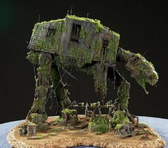 AT-AT We love how this brand new toy has been transformed into a forgotten AT AT diorama.We love how this brand new toy has been transformed into a forgotten AT AT diorama. Star Trek, Nave Star Wars, Star Wars Art, Star Wars Models, Scale Models, Scenery, Geek Stuff, Minis, Cool Stuff