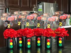 Ran on the lines – That is how woman Leinen styles properly – Pregnancyx. Hot Wheels Birthday, Race Car Birthday, Race Car Party, Birthday Party Tables, Birthday Centerpieces, Cars Birthday Parties, Birthday Party Decorations, Car Themed Birthday Party, 4th Birthday