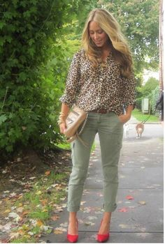 red shoes, leopard print, & army green pants - love these together
