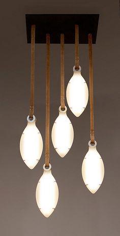 גוף תאורה Petal בעיצוב אנאי גרין בקר by re-Design, via Flickr