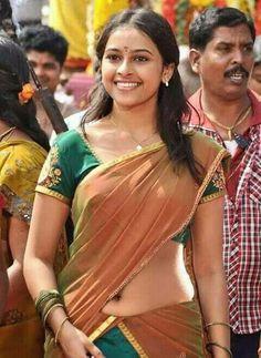 13 Beautiful Pics of Sri Divya in Saree Most Beautiful Indian Actress, Beautiful Actresses, Hot Actresses, Indian Actresses, Actress Navel, Saree Navel, Saree Photoshoot, Beautiful Girl Image, Indian Beauty Saree