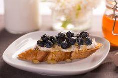 Crostini with Blueberries & Honey Pecan Cream Cheese Spread Recipe - Kraft Recipes Finger Food Appetizers, Appetizer Recipes, Finger Foods, Cream Cheese Spreads, Kraft Recipes, Queso, Pecan, Blueberry, Sweet Tooth