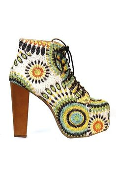 Tribal Lita Shoe
