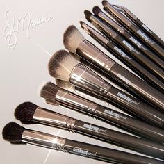 Makeup Geek brushes are available in a variety of styles to best fit your makeup. Makeup Geek brushes are available in a variety of styles to best fit your makeup needs! What are your favorites? Photo by the lovely Makeup Tools, Makeup Brushes, Eye Makeup, Makeup Products, Makeup Geek Cosmetics, Makeup Needs, Nail Tutorials, Makeup Junkie, Bellisima