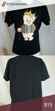 """Porky pig  king black large tshirt Good condition. Measures 22 1/2"""" across chest and 28"""" long from top mid shoulder to bottom hem Shirts Tees - Short Sleeve"""