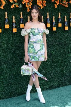 Kendall Jenner wearing Dolce&Gabbana at the 10th Annual Veuve Cliquot Polo Classic held at the Liberty State Park in Jersey City, New Jersey on June 3, 2017. #DGCelebs #DGWomen #DGOrtensia