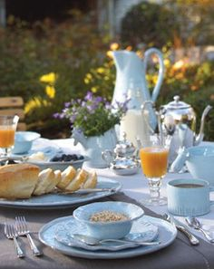 my-very-own-life-in-the-woods:  Breakfast in the garden… (via Pinterest)