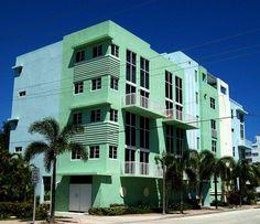 108 Lake Avenue, downtown Lake Worth Florida by mainmanwalkin, via Flickr
