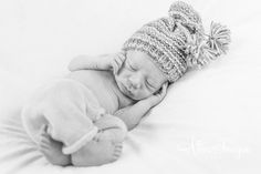 Anjinho Artur #newbornphotography #fotografiarecennascido #fotografianewborn #newborn #recemnascido #amor #inspiracao #maeDeMenino #anjinho #amorDeMae #amor #bebe #instababy #saopaulo #newbornsaopaulo #newbornbrasil #ensaiodebebes #ensaiobebe #maedeprimeiraviagem  #fotografia #amorEmImagem