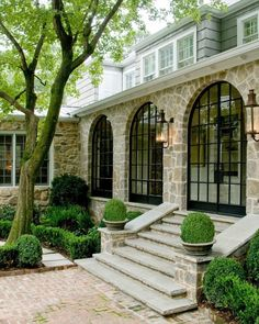 Perfect exterior details via @revivalconstruction!! -- also this weeks favorites are up on the blog
