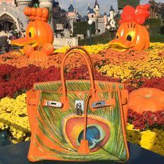 "#fashion #fashionista #hermes #birkin #artbag #handpainted #limited #kovtunova_alisa #artburo #make_1t_easy_ #personalizeyourbag Art Buro ""Make 1t Easy"" #disneyland #waltdisney"