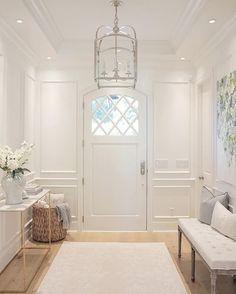 31 Colorful Foyer Decor For Ending Your Home Improvement - Interior Design Fans Design Entrée, House Design, Design Ideas, Foyer Design, Foyer Decorating, Interior Decorating, Decorating Ideas, Interior Designing, Decorating Websites