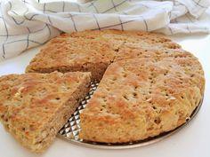 Ett glutenfritt bröd med havre och solroskärnor som bara behöver jäsa en gång direkt i formen. Snabbt, enkelt, snyggt och sagolikt gott! ...