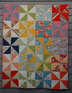 Pin Wheel Quilt! Adorable! @Bethany Shoda Shoda Shoda Fox or like this?