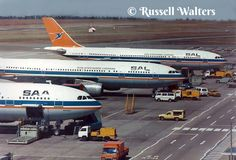 ☼✈South African Airways✈3 A300B4's South Afrika, Old Planes, Passenger Aircraft, Wright Brothers, Hawaii Usa, Commercial Aircraft, Aprons, Airplane, Engineering