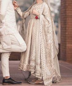 Pakistani Wedding Outfits, Pakistani Fashion Casual, Pakistani Wedding Dresses, Wedding Dresses For Girls, Pakistani Dress Design, Party Wear Dresses, Bridal Outfits, Anarkali Bridal, Nikkah Dress