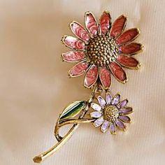 Albert Weiss Daisy Flower Brooch Pin