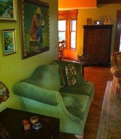 Chic House Renovation with Contemporary Interior : Beautiful Classic Living Area Renovation Design Green Sofa