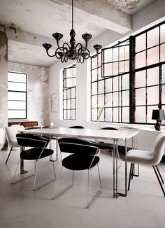 BASEL - Dining Table design Simone Cappellanti