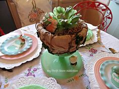 The 15 Minute Fix mythriftstoreaddiction.blogspot.com Bunny in the Cabbage Centerpiece: Create a simple centerpiece using an inverted cake plate!