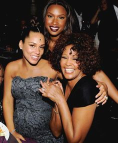 Alicia Keyes, Whitney Houston & Jennifer Hudson....generations goin on here...great singers they all are...