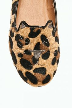 Judy Cat Slipper in Leopard.   Buying these tomorrow... They will be mine!