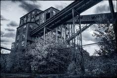 Huber Breaker by AndrewJohn2011..   Coal mining town